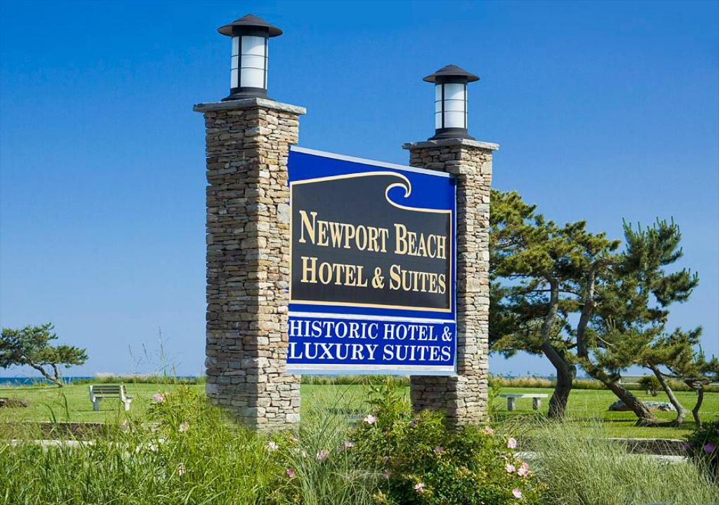 Exterior view Newport Beach Hotel & Suites