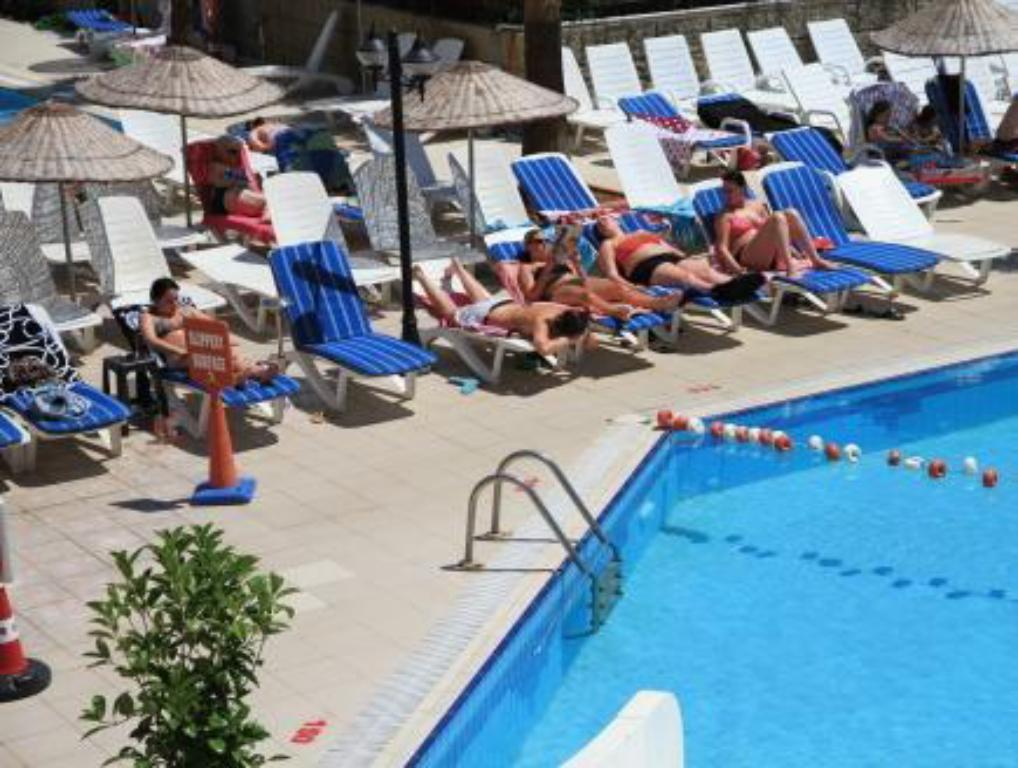 Swimmingpool Club Alpina