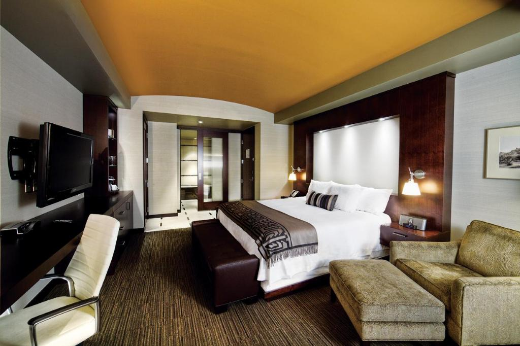 Kamar Deluxe King Talking Stick Resort