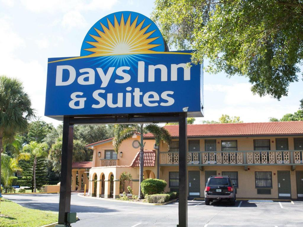 More about Days Inn & Suites by Wyndham Altamonte Springs