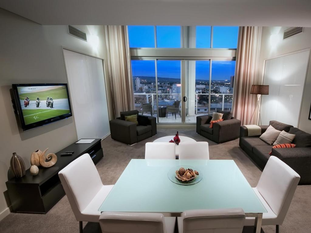 Book La Loft Apartments - North Terrace (Adelaide) - 2019 ...