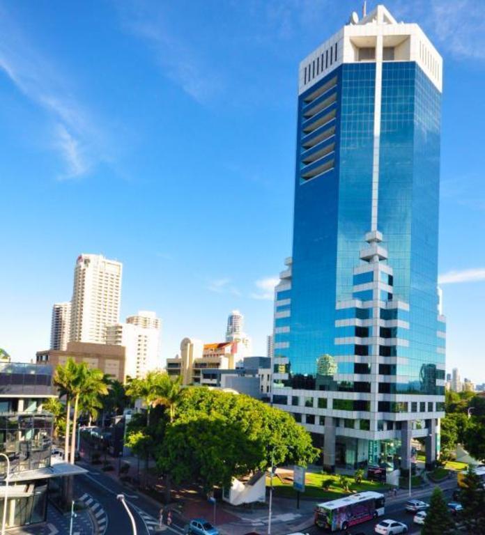 The Moorings On Cavill In Gold Coast