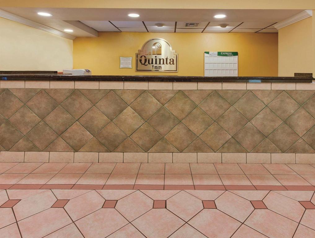 La Quinta Inn By Wyndham West Palm Beach Florida Turnpike Hotel