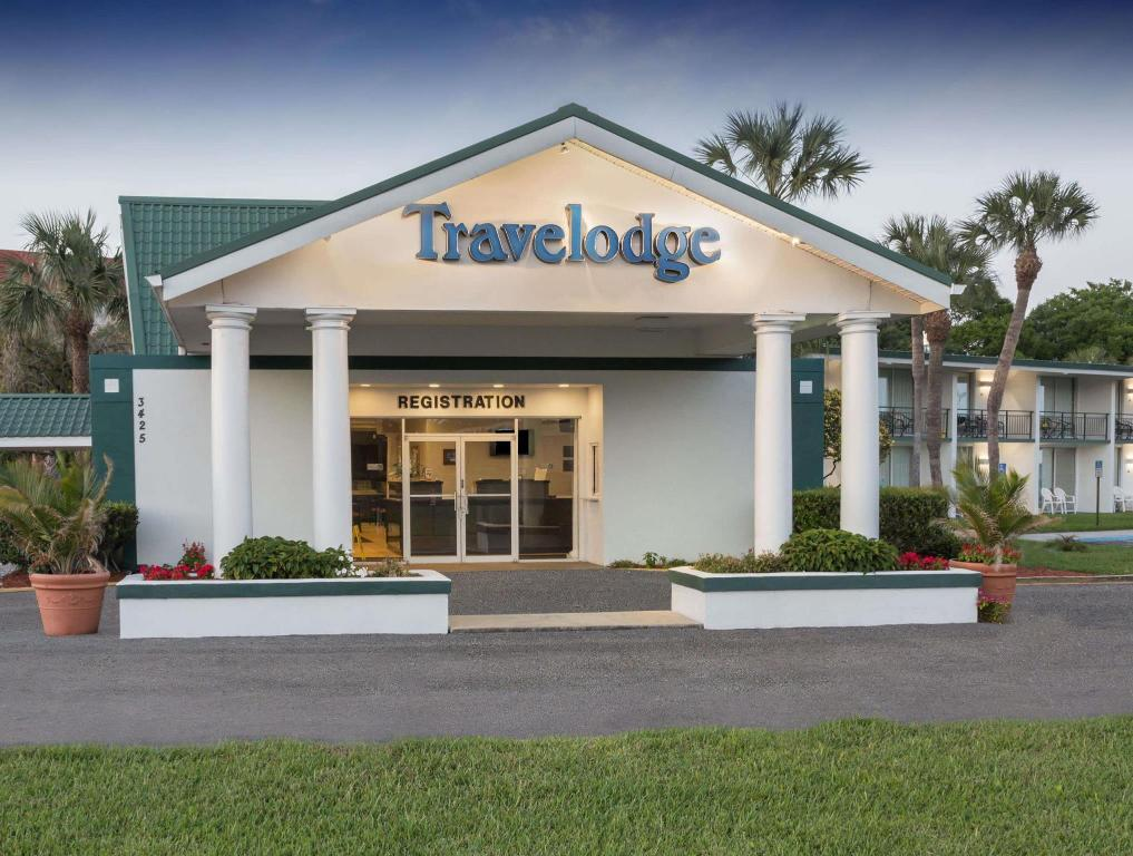 Travelodge by Wyndham Lakeland