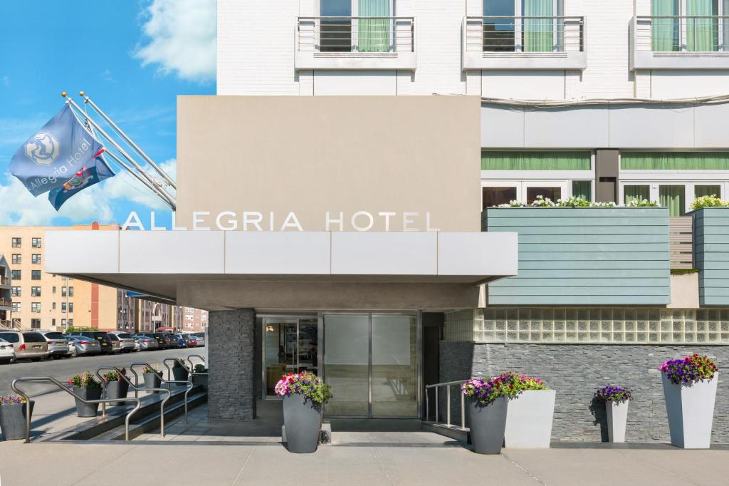 More about Allegria Hotel