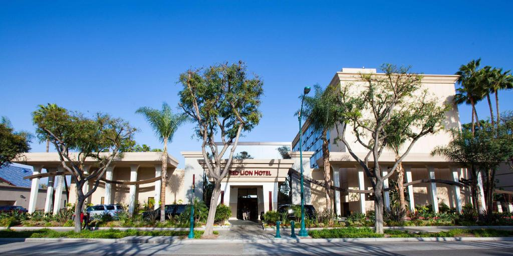 More about Red Lion Hotel Anaheim Resort