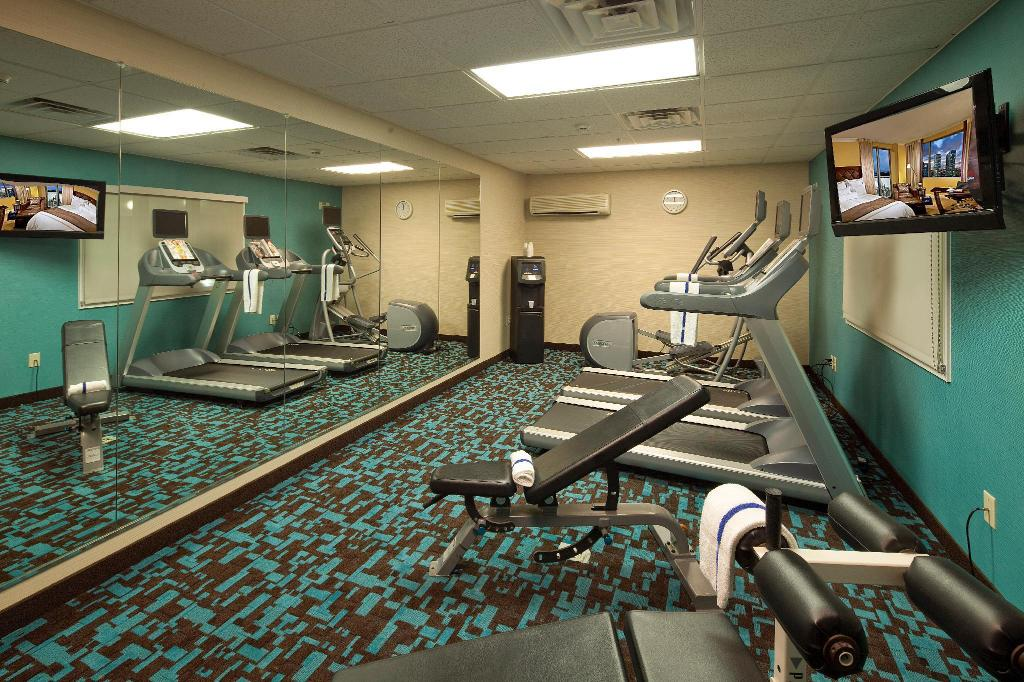 Fitnesa centrs Fairfield Inn & Suites Cincinnati Eastgate