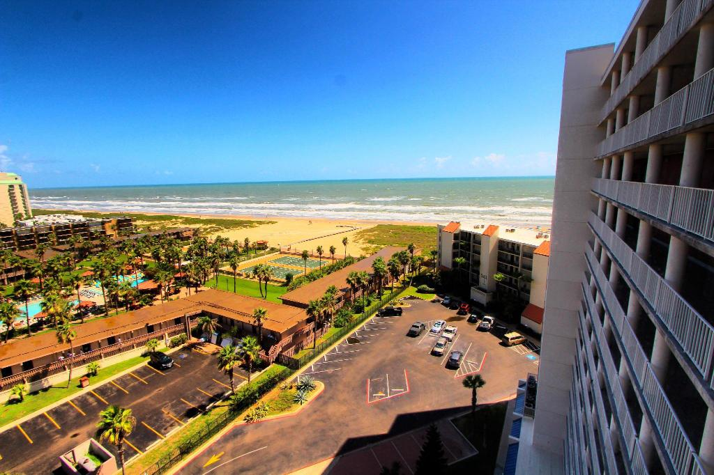 Reception Royale Beach And Tennis Club By Vri Resort