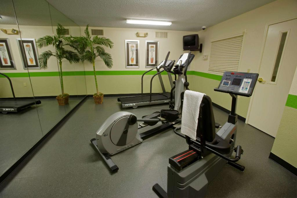 Sports and activities Extended Stay America - Macon - North