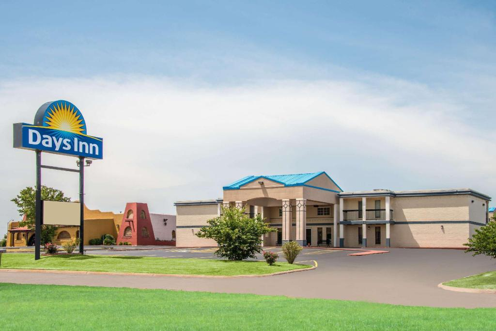 Days Inn by Wyndham Stillwater