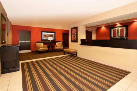 Lobby Extended Stay America Chicago-Lisle