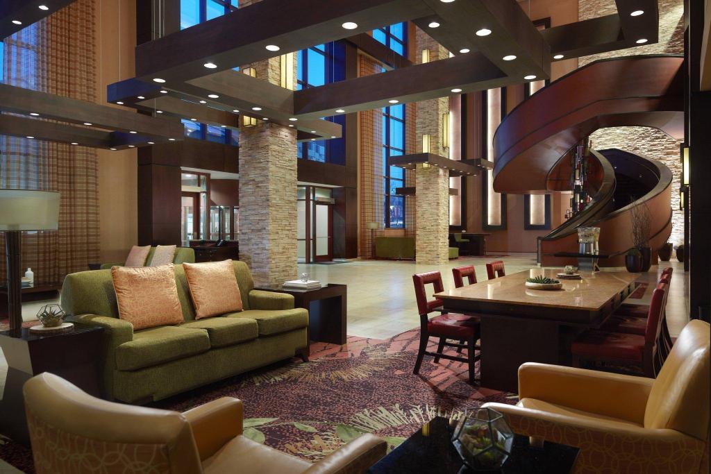 Bloomington Normal Marriott Hotel