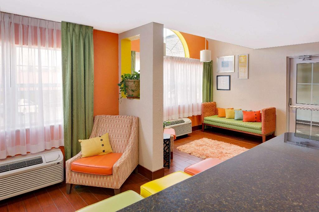 לובי Microtel Inn & Suites by Wyndham Daphne/Mobile