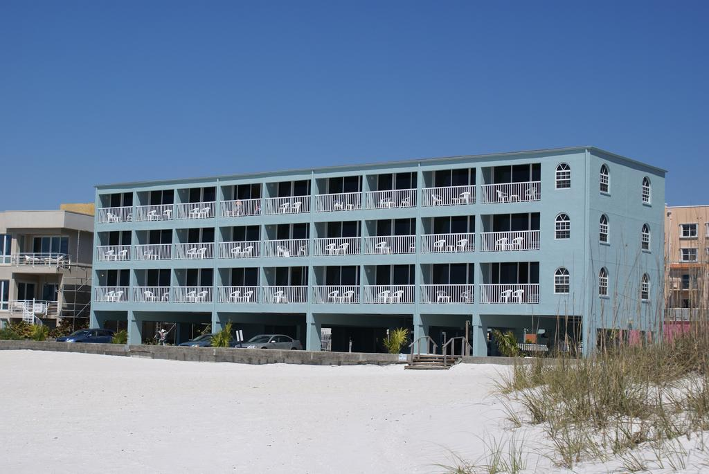 Vista Exterior Barefoot Beach Club