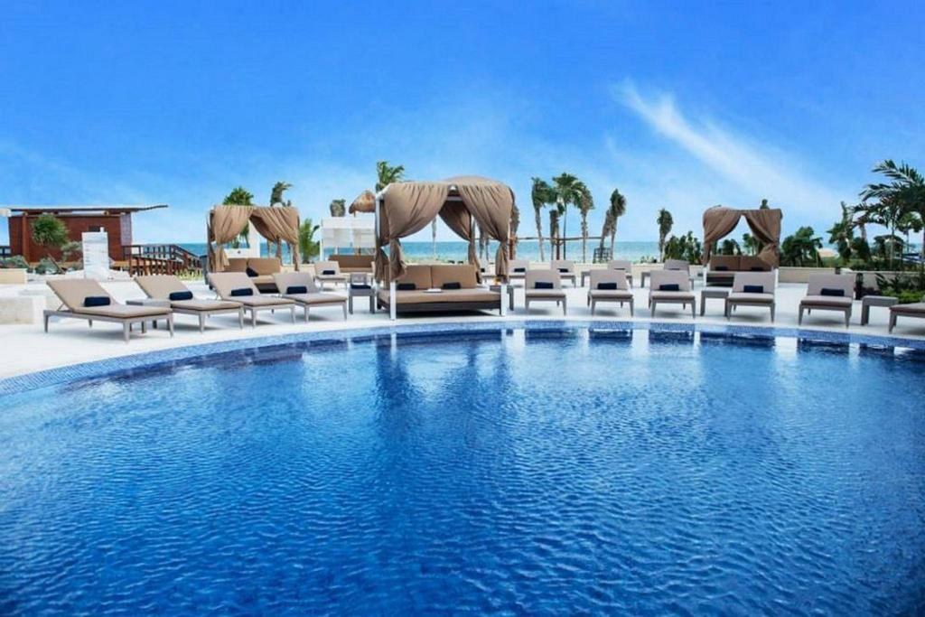 坎昆海滨罗亚顿全包度假酒店 - 仅限成人 (Hideaway at Royalton Riviera Cancun All Inclusive-Adults Only)