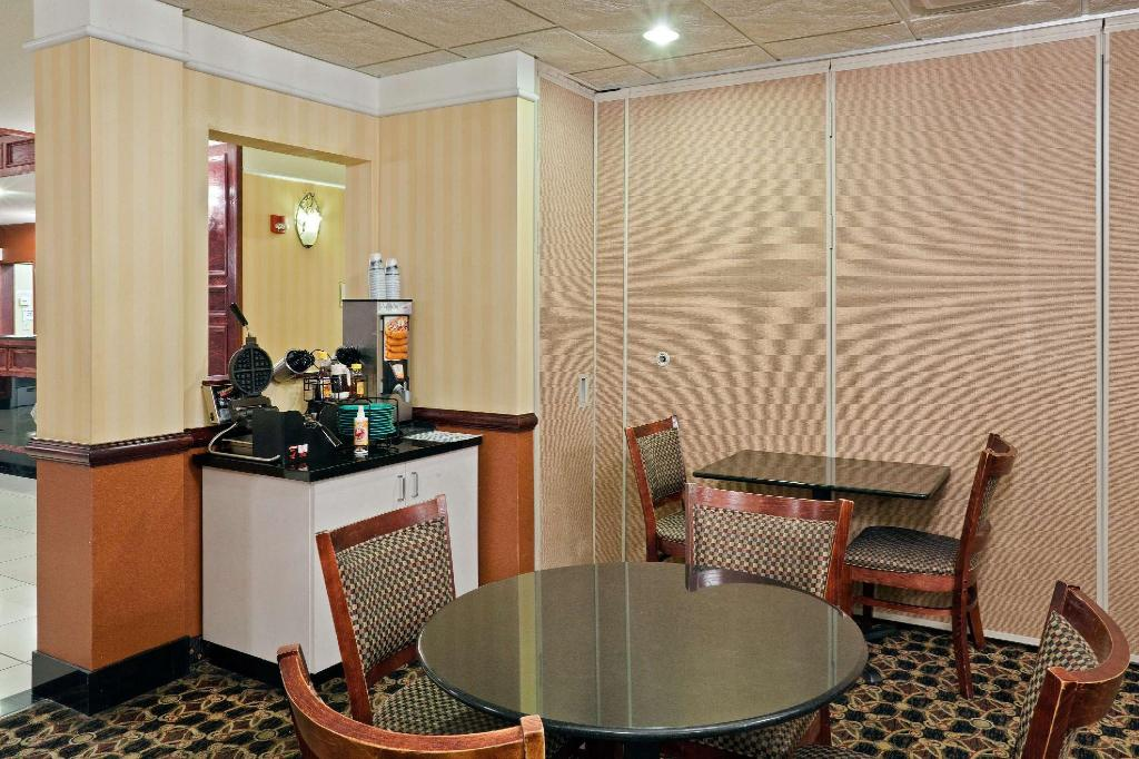 Tampilan interior La Quinta Inn & Suites Dodge City