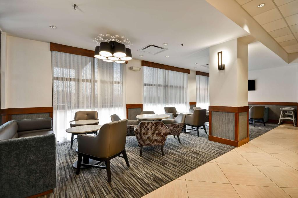 לובי Hyatt Place Kansas City/Overland Park/Metcalf