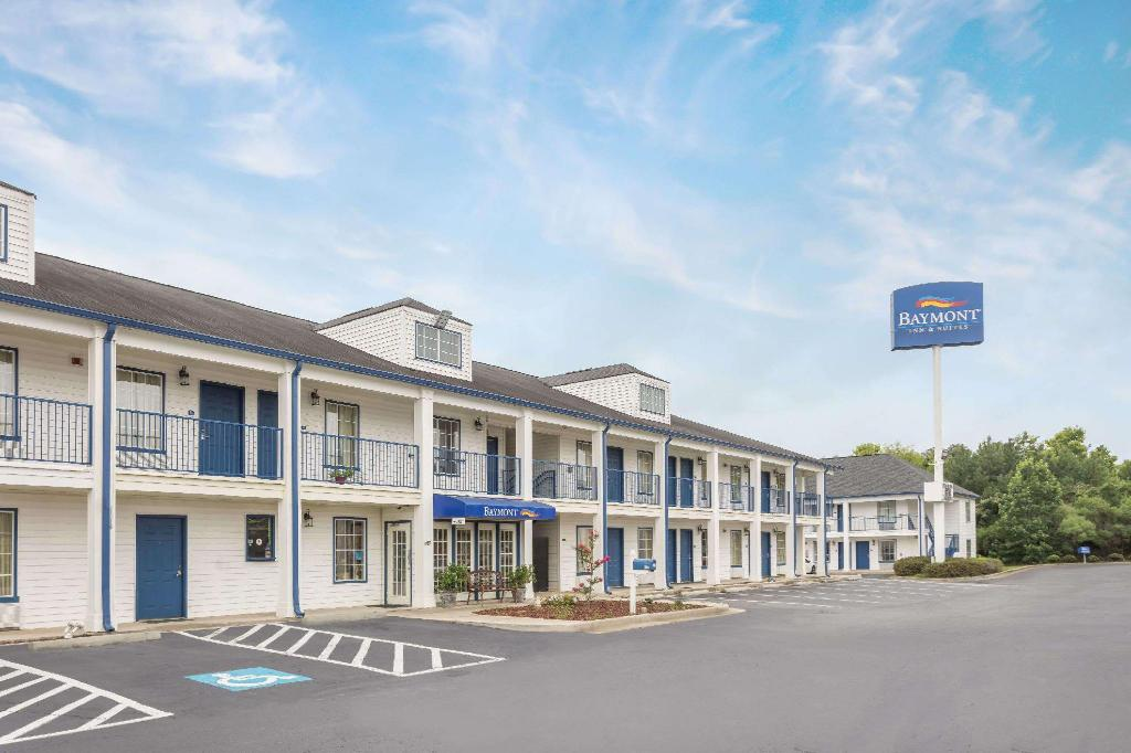 More about Baymont by Wyndham Macon I-475