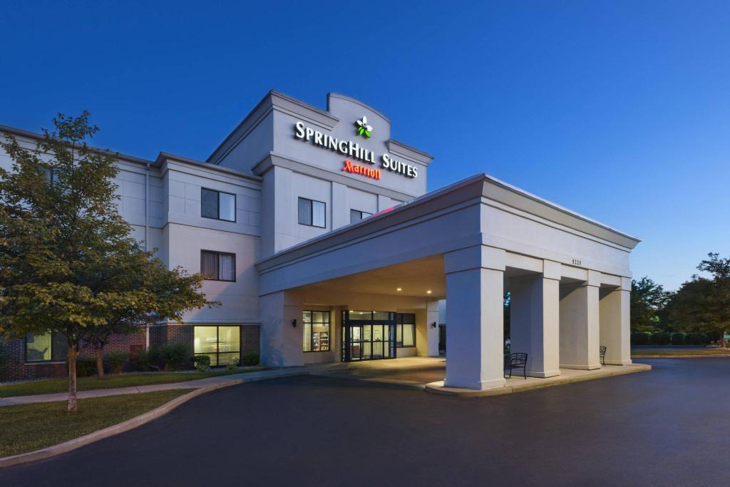 Vista Exterior SpringHill Suites by Marriott Mishawaka-University Area