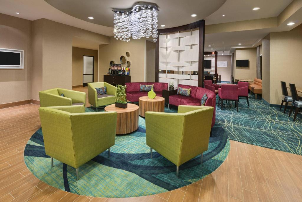 Lobby SpringHill Suites by Marriott Mishawaka-University Area