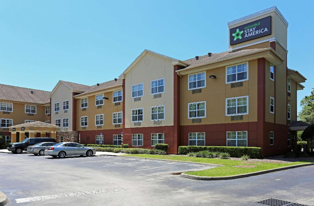Exterior view Extended Stay America Lake Mary 1036 Greenwood Blv