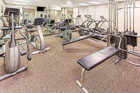 Fitness center Days Inn by Wyndham Fort Lauderdale Hollywood/Airport South