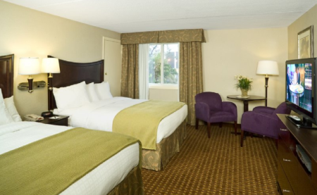 2 Queen Beds NS - Спальня Rockport Inn and Suites