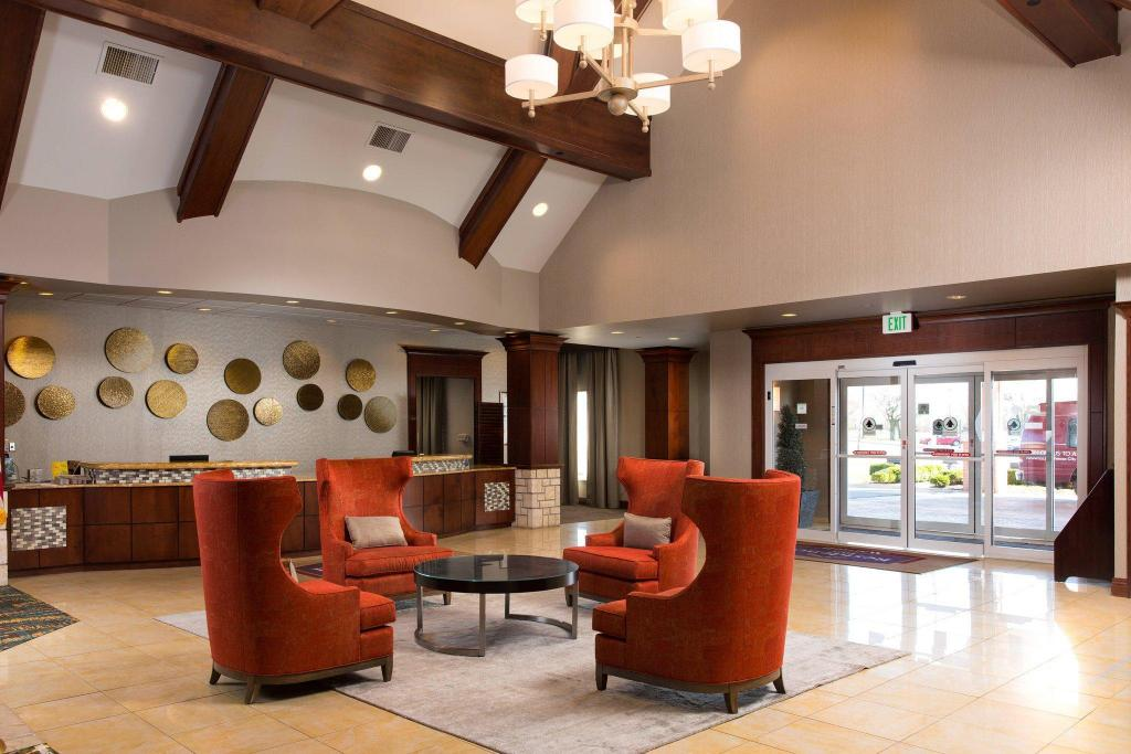 Lobby Residence Inn Kansas City Airport