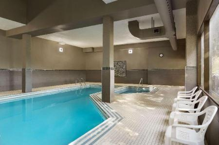 Swimming pool Travelodge by Wyndham Toronto East