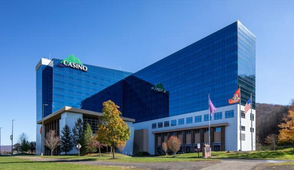 Salamanca casino hotel rates golden west casino carson city nv