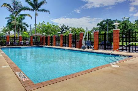 Swimming pool [outdoor] Hyatt Place Fort Lauderdale Airport/Cruise Port