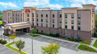 Hampton Inn and Suites Winston-Salem/University Area