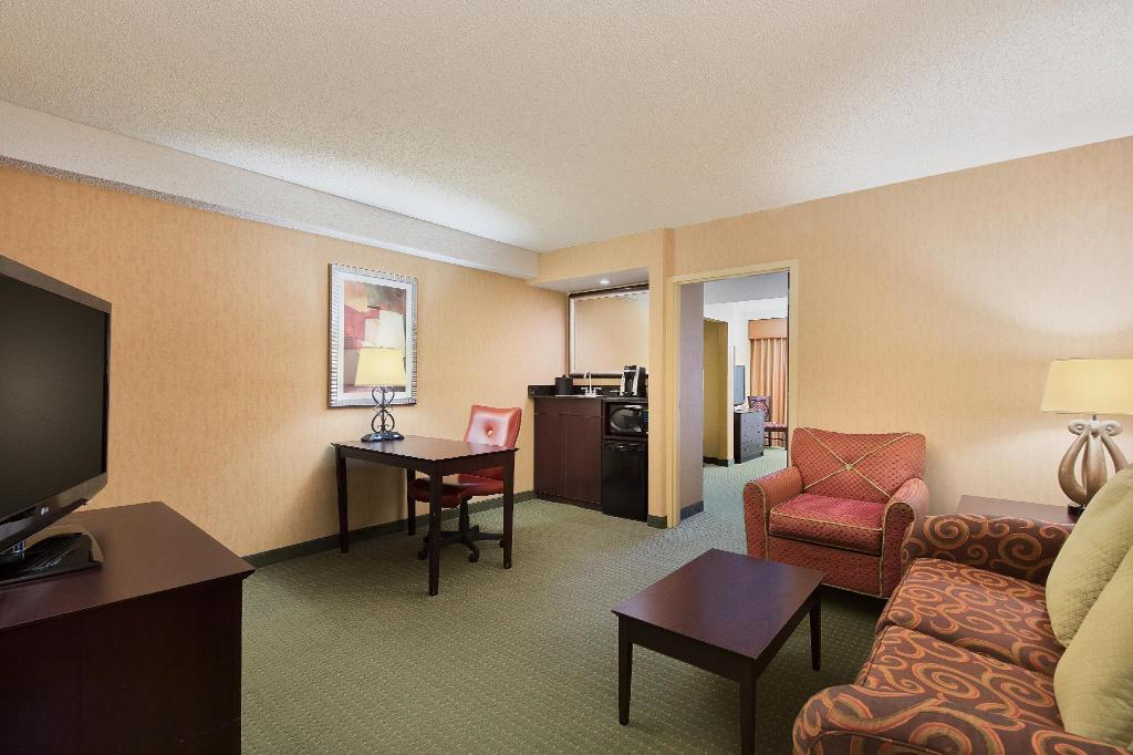 Executive King - Suite University Plaza Hotel