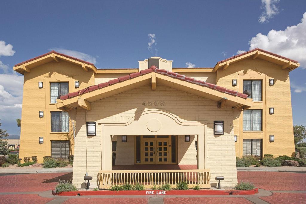 La Quinta Inn Santa Fe In Santa Fe Nm Room Deals Photos Reviews