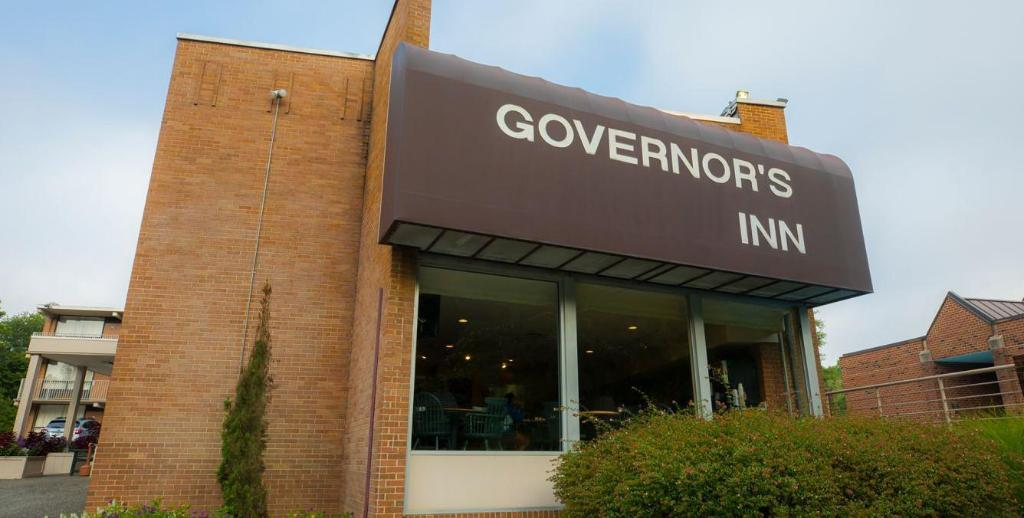 נוף חוץ Governors Inn - A Colonial Williamsburg Hotels