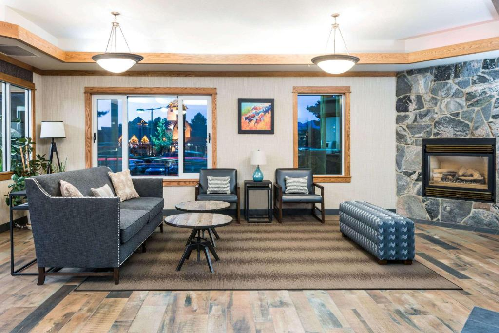 Lobi Days Inn & Suites by Wyndham Bozeman
