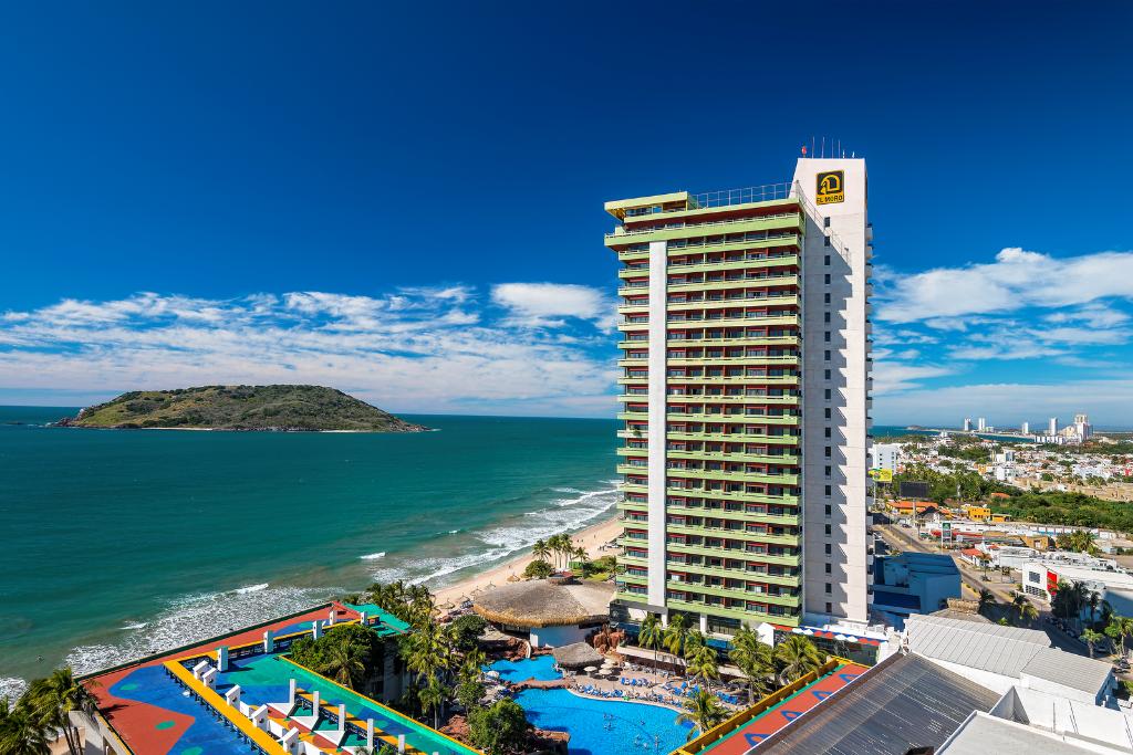 El Cid Moro Beach