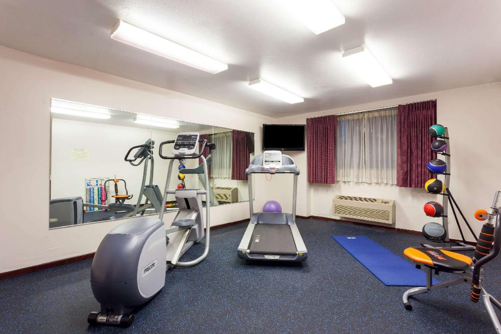 Fitnesscenter Days Inn by Wyndham Seatac Airport