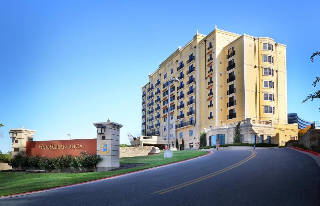 Hotel Granduca Austin In Austin Tx Room Deals Photos Reviews