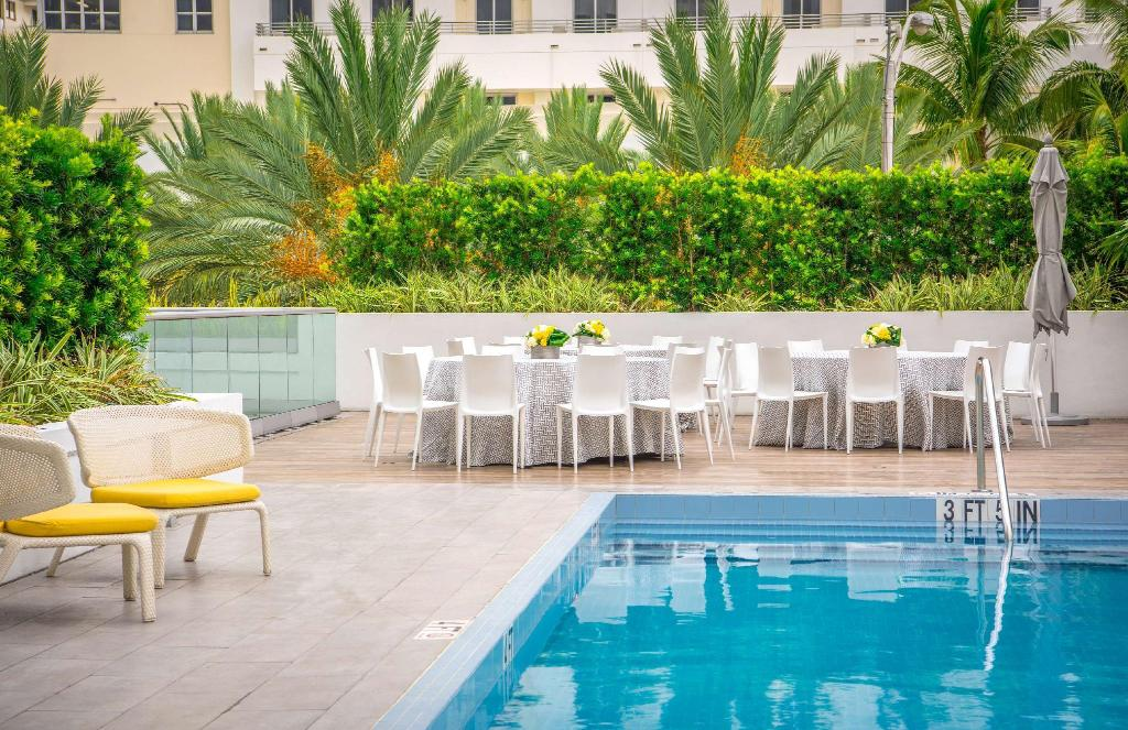 Swimming pool [outdoor] Hyatt Centric South Beach Miami