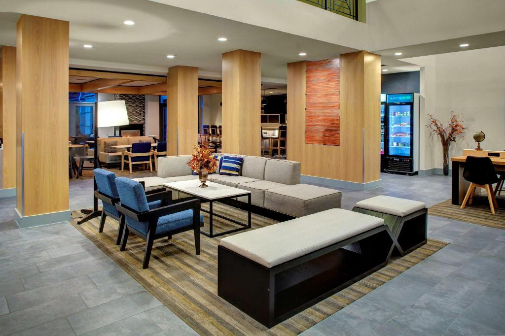 Lobi Hyatt House Dallas Lincoln Park