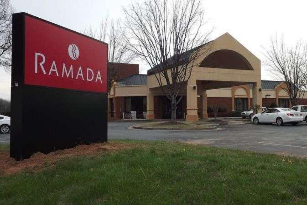 Ramada By Wyndham Gainesville In Gainesville Ga Room Deals