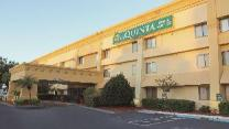La Quinta Inn & Suites by Wyndham Orlando South