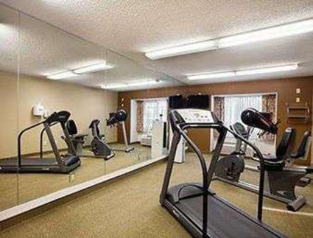 fitness centrum Microtel Inn & Suites by Wyndham Dover