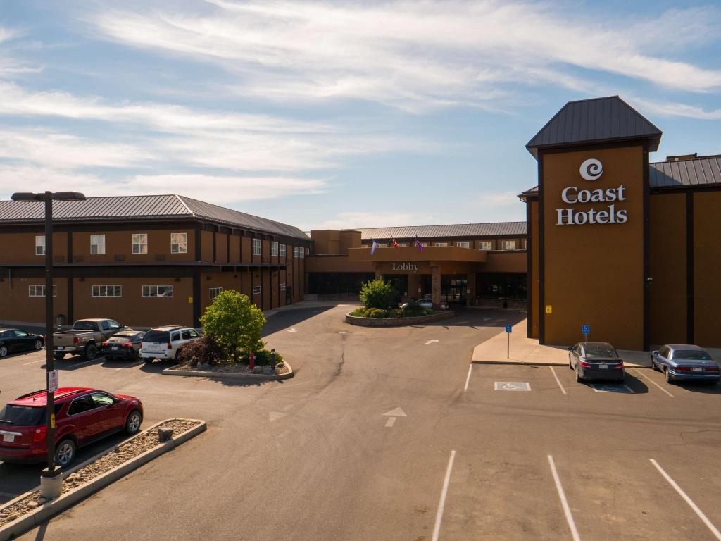 Coast Lethbridge Hotel Conference Centre