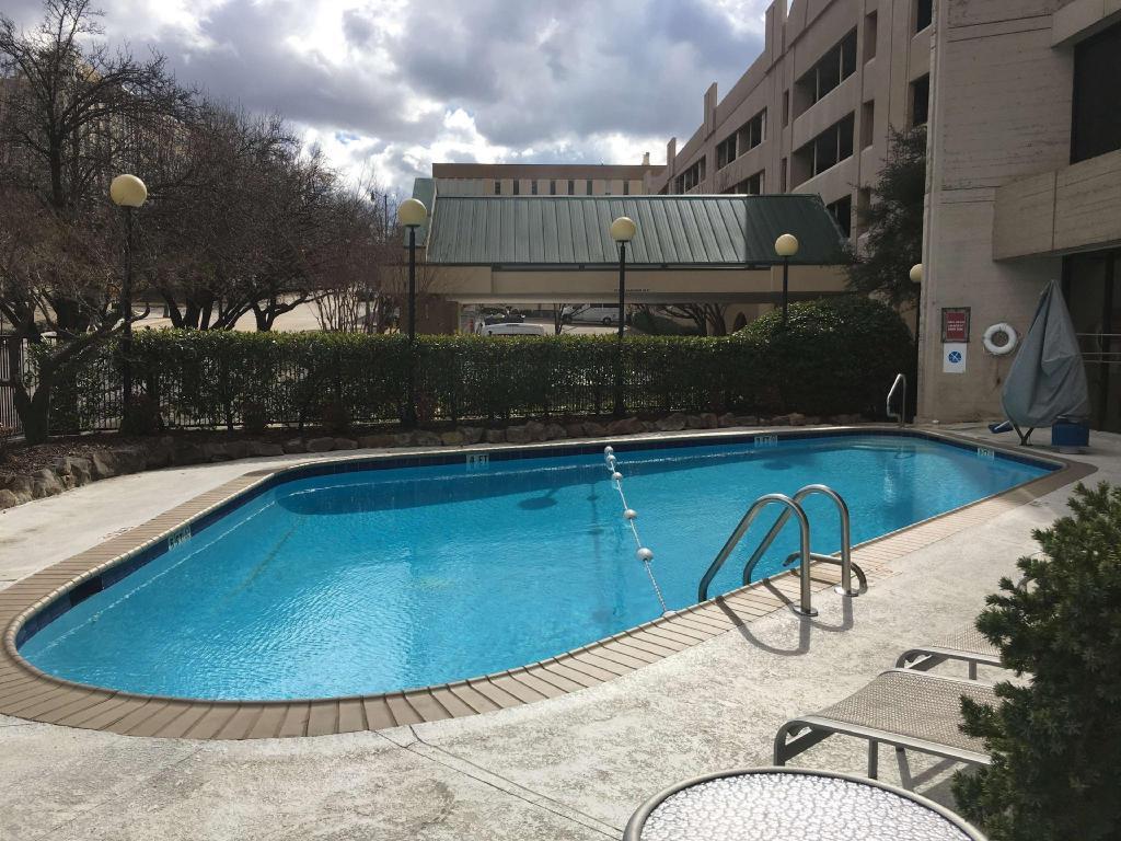 Doubletree by hilton hotel birmingham birmingham al - Hotels with swimming pools in birmingham ...