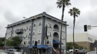 Harborview Inn & Suites-Convention Center-Airport-Gaslamp-Seaworld-Zoo-Balboa Park