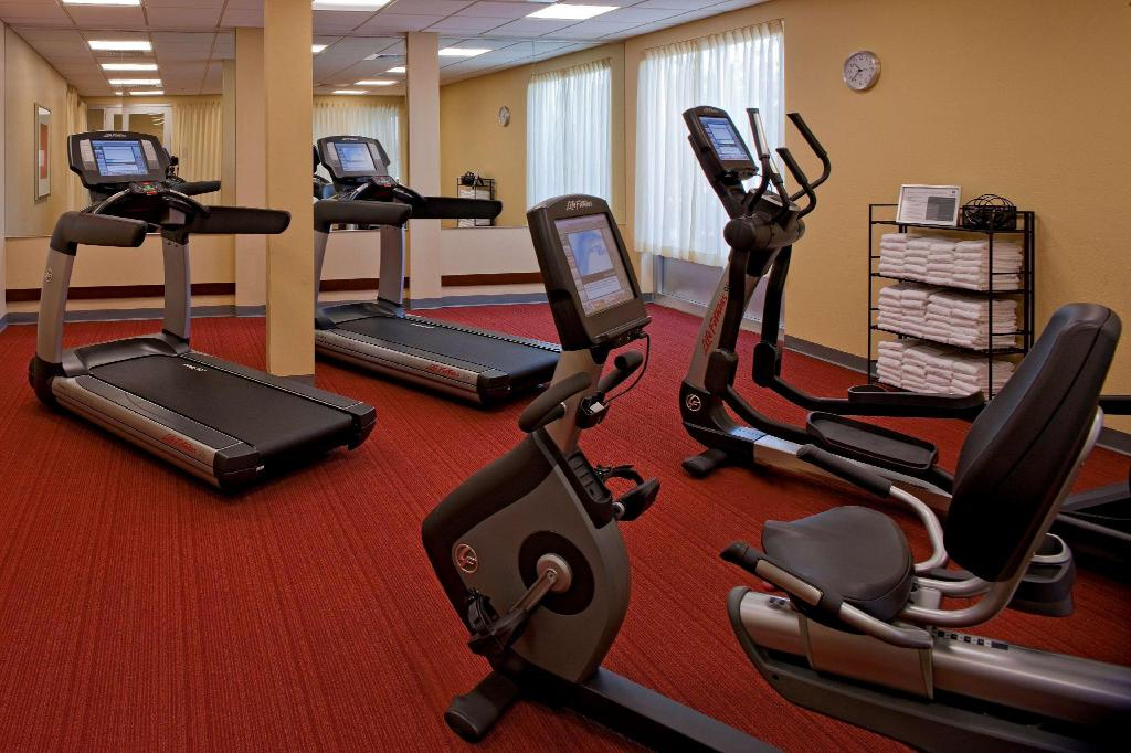 Fitness center Hyatt Place Orlando Airport