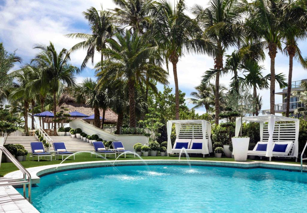 More About Courtyard Cadillac Miami Beach Oceanfront