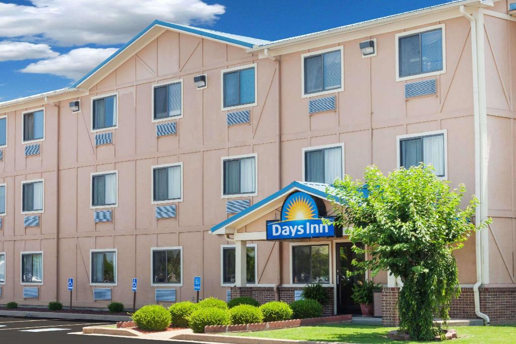 More about Days Inn by Wyndham Dyersburg